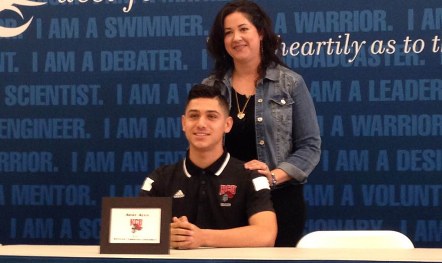 Photo for Adan Alva from California signs with KCU