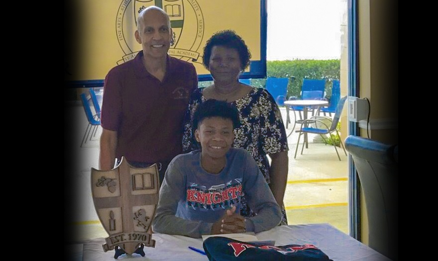 Photo for Joseph Banks Joins Knights Basketball